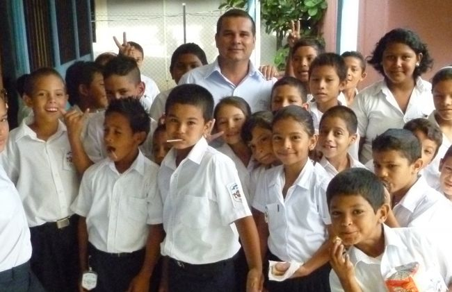 /projects/global-vision-international-volunteer-childcare-development-costa-rica/