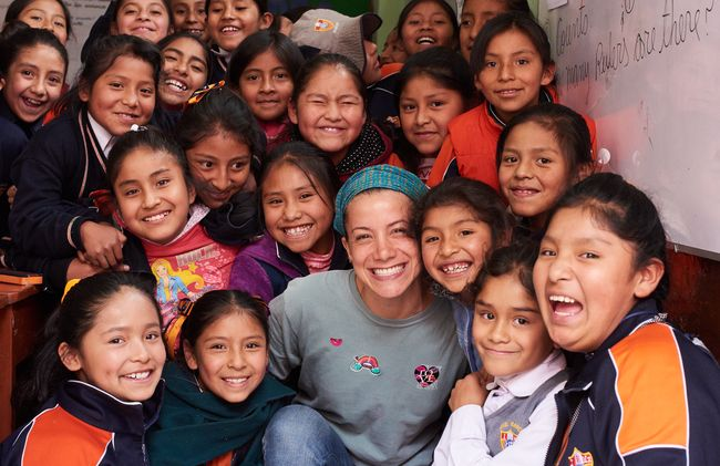 /projects/love-volunteers-teach-english-preschool-children-peru/