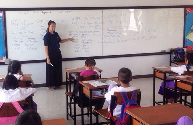 /projects/love-volunteers-teach-english-chiang-mai-thailand/