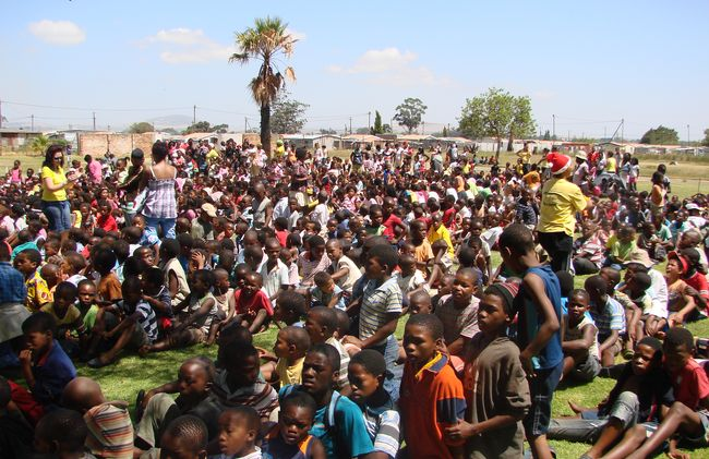 /projects/khaya-volunteer-projects-alleviate-poverty-cape-town-south-africa/