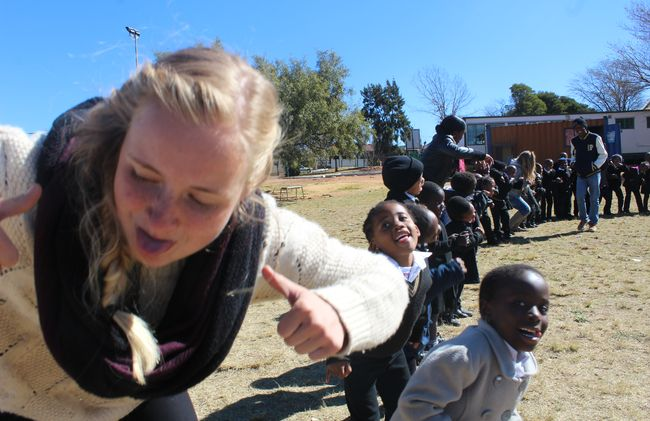 /projects/hero-holidays-mandelas-soweto-kids-teach-arts-south-africa/