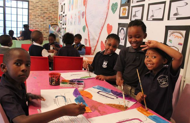 /projects/hero-holidays-maboneng-arty-kids-volunteer-teach-arts-south-africa/