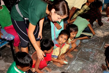 /projects/volunteering-solutions-street-children-new-delhi-india/